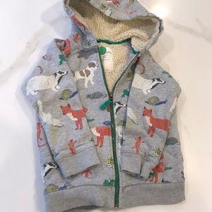 Boys zip up hooded sweatshirt size 5-6Y